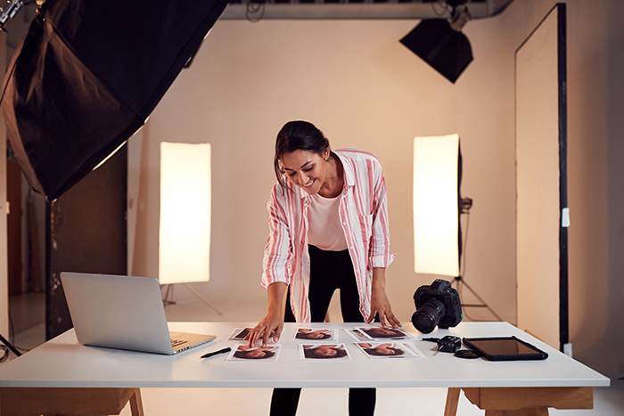 How to setup a professional photography studio at home